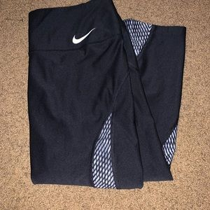 3/4 Nike capris leggings